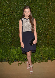 Hailee's navy silk dress featured a tan embellished bib and looked totally chic and age-appropriate on the young star.