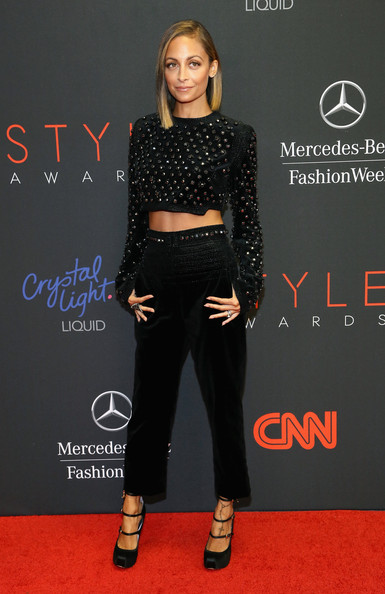More Pics of Nicole Richie Crop Top (1 of 6) - Crop Top Lookbook - StyleBistro