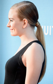 Britt Robertson opted for an edgy slicked-down ponytail when she attended the MOCA Gala.