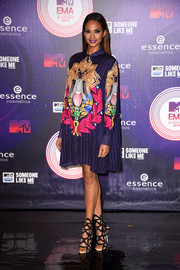 Alesha Dixon chose a Mary Katrantzou shift dress, featuring a colorful and bold print, for the MTV EMAs.