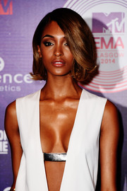 Jourdan Dunn showed off a perfectly styled bob during the MTV EMAs.