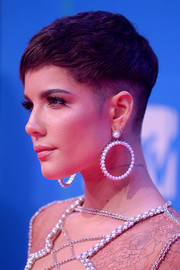 Halsey looked tough-chic with her partially shaved pixie at the 2018 MTV EMAs.