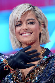 Bebe Rexha wore her hair in a cute bob at the 2018 MTV EMAs.