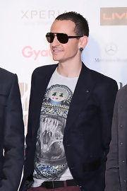 Chester Bennington topped off his cool get-up with a pair of designer shield sunglasses at the 2012 MTV Video Music Awards in Japan.