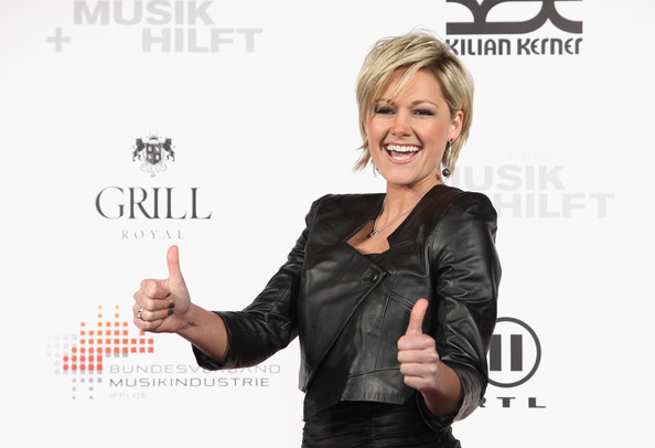 More Pics of Helene Fischer Layered Razor Cut (1 of 9) - Short Hairstyles Lookbook - StyleBistro
