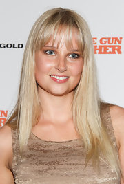 Genevieve Morton left her hair soft and natural at the 'Machine Gun Preacher' premiere. Her cut involves slightly razored, brow-length bangs while the rest of her tresses remain one length.
