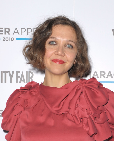 Maggie Gyllenhaal Finger Wave [maggie gyllenhaal,hair,shoulder,hairstyle,red,lip,chin,joint,cheek,dress,ringlet,character approved awards cocktail reception,cocktail reception,character approved awards,new york city,iac building]