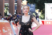 Maika Monroe Empire Gown