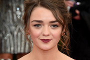 Maisie Williams Messy Updo