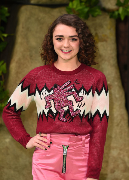 Maisie Williams Dark Nail Polish [clothing,pink,beauty,lady,shoulder,fashion model,girl,fashion,photo shoot,outerwear,red carpet arrivals,maisie williams,england,london,bfi imax,early man world premiere]
