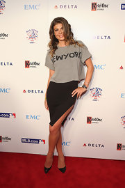 Angela Martini chose a sleek pencil skirt for the red carpet.