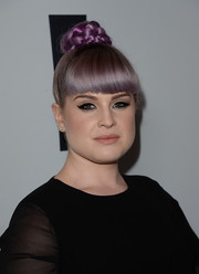 Kelly Osbourne attended the Make-A-Wish Greater LA Gala wearing a cute braided bun.