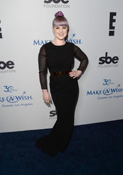 Kelly Osbourne kept it simple yet elegant in a black column dress with sheer sleeves at the Make-A-Wish Greater LA Gala.