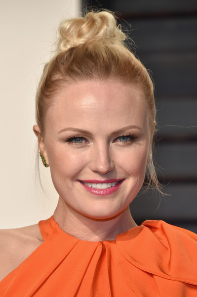 Malin Akerman Hair Knot