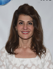 Nia Vardalos styled her hair into a half-up 'do with wavy ends for the Mamarazzi screening of 'My Big Fat Greek Wedding 2.'