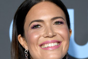Mandy Moore Long Straight Cut