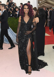 Kerry Washington went goth-glam in a sleeveless black lace gown by Marc Jacobs at the Met Gala.