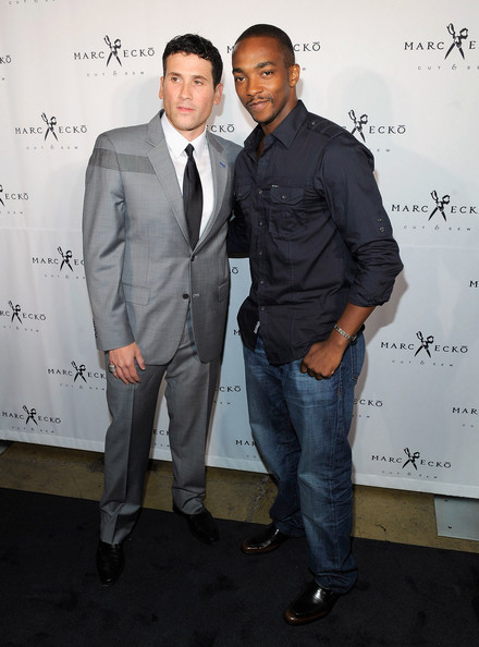 More Pics of Anthony Mackie Button Down Shirt (1 of 3) - Anthony Mackie Lookbook - StyleBistro