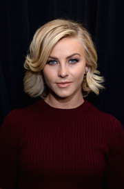 Julianne Hough looked retro-cute with her short wavy cut at the Marc Jacobs Spring 2014 show.