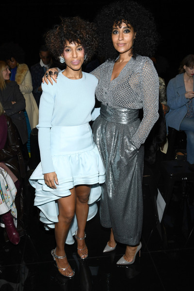 More Pics of Tracee Ellis Ross Pumps (2 of 7) - Tracee Ellis Ross Lookbook - StyleBistro [fashion,clothing,dress,event,fashion design,leg,joint,human body,fun,haute couture,marc jacobs,kerry washington,tracee ellis ross,front row,new york city,park avenue armory,marc jacobs fall 2019 show]