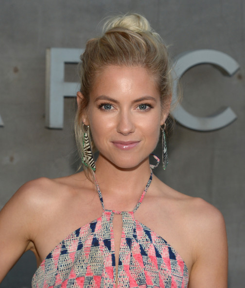 More Pics of Laura Ramsey Loose Bun (1 of 2) - Laura Ramsey Lookbook - StyleBistro [marc by marc jacobs fall,laura ramsey,winter 2014 preview,hair,hairstyle,blond,eyebrow,beauty,lip,shoulder,forehead,long hair,ear,california,los angeles]