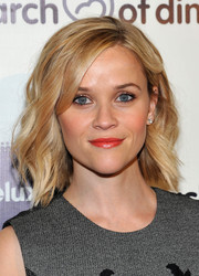 Reese Witherspoon looked fabulous wearing her hair in textured waves at the March of Dimes celebration of Babies Luncheon.