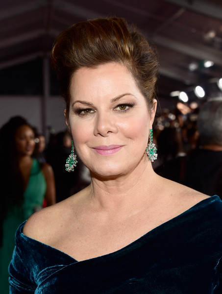 Marcia Gay Harden Pompadour [hair,face,eyebrow,hairstyle,beauty,lip,skin,chin,shoulder,forehead,marcia gay harden,peoples choice awards,los angeles,california,microsoft theater,red carpet]