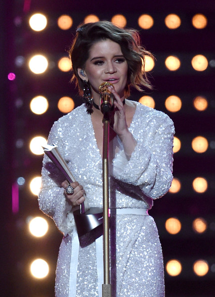Maren Morris Statement Ring [performance,entertainment,performing arts,music artist,singing,singer,song,music,event,public event,maren morris,award,nevada,las vegas,t-mobile arena,academy of country music awards,show,t-mobile new female vocalist of the year]