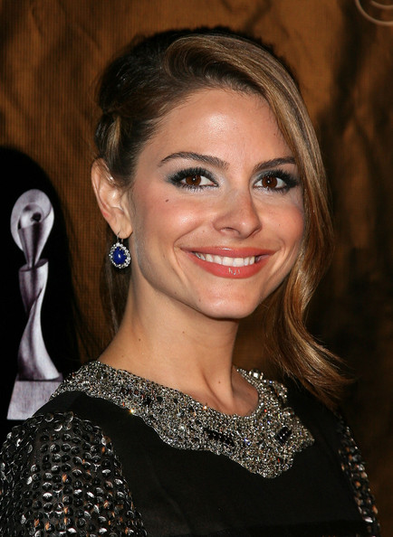 Maria Menounos Jewel Tone Eyeshadow