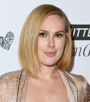 Rumer Willis showed off a trendy asymmetrical bob at the 2018 Marie Claire Fresh Faces event.