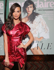 Emily Ratajkowski matched a metallic red Edie Parker clutch with leather separates for the Marie Claire Fresh Faces celebration.