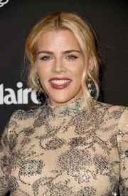 Busy Philipps looked lovely with her loose ponytail at the Marie Claire Change Makers celebration.