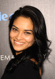 Shanina Shaik looked super sweet with her spiral curls at the 'Divergent' screening in NYC.