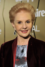 Carolina Herrera completed her ultra-glam ensemble at the 2010 Marie Claire Prix de la Moda Awards with a pair of teardrop earrings.