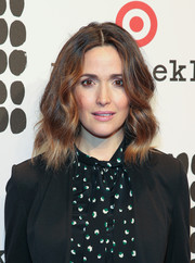 Rose Byrne made an appearance at the Marimekko for Target launch wearing this sweet wavy 'do.