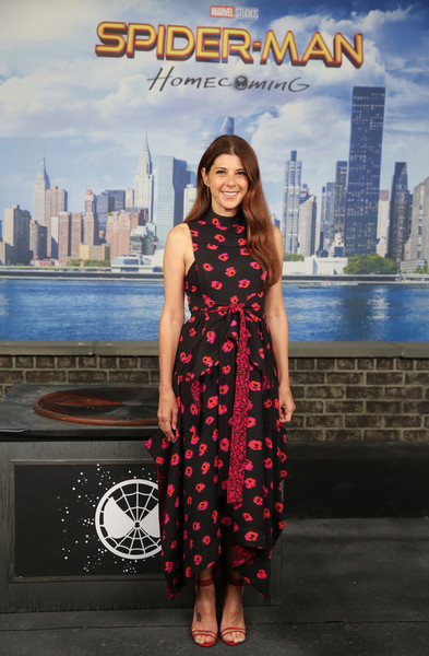 Marisa Tomei Print Dress [spider-man: homecoming,clothing,dress,fashion,photography,formal wear,photo shoot,city,fawn,style,pattern,marisa tomei,photo call,new york city,whitby hotel]