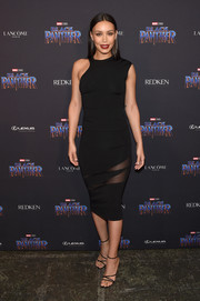 Ilfenesh Hadera sealed off her look with black multi-strap sandals.