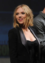 Scarlett donned a tousled, razor-cut hairstyle with an all-black ensemble.
