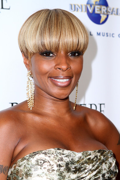 Mary J. Blige Leaf Earrings