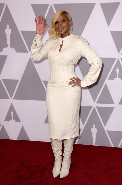 Mary J. Blige Shirtdress [clothing,dress,fashion,carpet,flooring,red carpet,gesture,sleeve,arrivals,mary j. blige,actor,academy awards,beverly hills,california,the beverly hilton hotel,nominee luncheon]