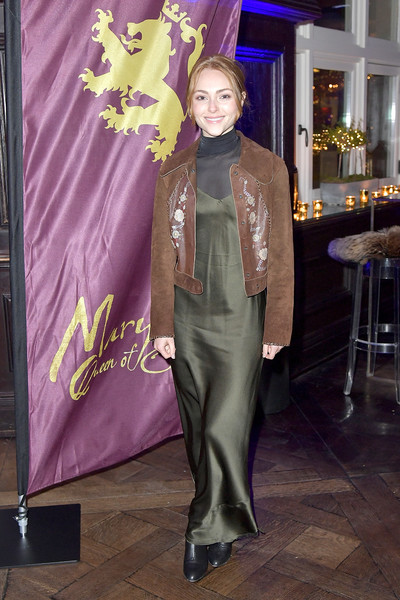 More Pics of AnnaSophia Robb Suede Jacket (1 of 6) - Outerwear Lookbook - StyleBistro [mary queen of scots,annasophia robb,clothing,fashion,purple,fashion design,formal wear,haute couture,suit,textile,event,plant,new york,paris theater,premiere,premiere,party]