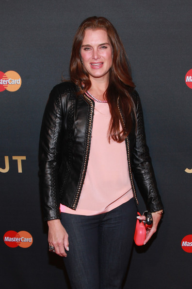 More Pics of Brooke Shields Bootcut Jeans (1 of 6) - Bootcut Jeans Lookbook - StyleBistro