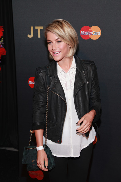 More Pics of Julianne Hough Chain Strap Bag (1 of 9) - Julianne Hough Lookbook - StyleBistro