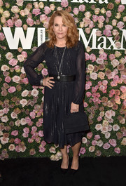 Lea Thompson looked simply elegant in a shimmery LBD by Max Mara at the 2017 Face of the Future event.