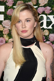 Ireland Baldwin sported a neat, straight hairstyle with side-swept bangs at the 2017 Face of the Future event.