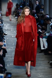 Gigi Hadid was radiant in red all the way down to her footwear!