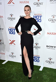 Bar Paly's long-sleeve black maxi featured a thigh-high leg slit for a touch of skin.