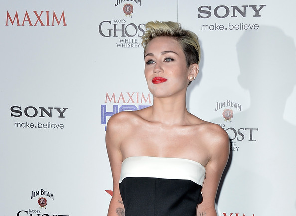 More Pics of Miley Cyrus Short Straight Cut (1 of 31) - Miley Cyrus Lookbook - StyleBistro