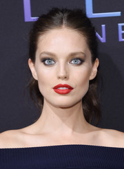 Emily DiDonato looked lovely wearing this wavy ponytail at the Maybelline NYFW kickoff party.