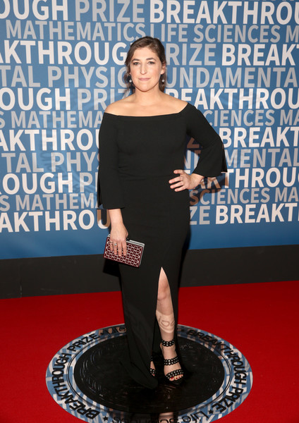 Mayim Bialik Off-the-Shoulder Dress [red carpet,red carpet,clothing,carpet,dress,shoulder,fashion,premiere,flooring,joint,event,mayim bialik,breakthrough prize,mountain view,california,nasa ames research center]